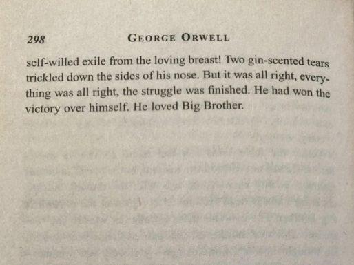George_Orwell_1984-900x675